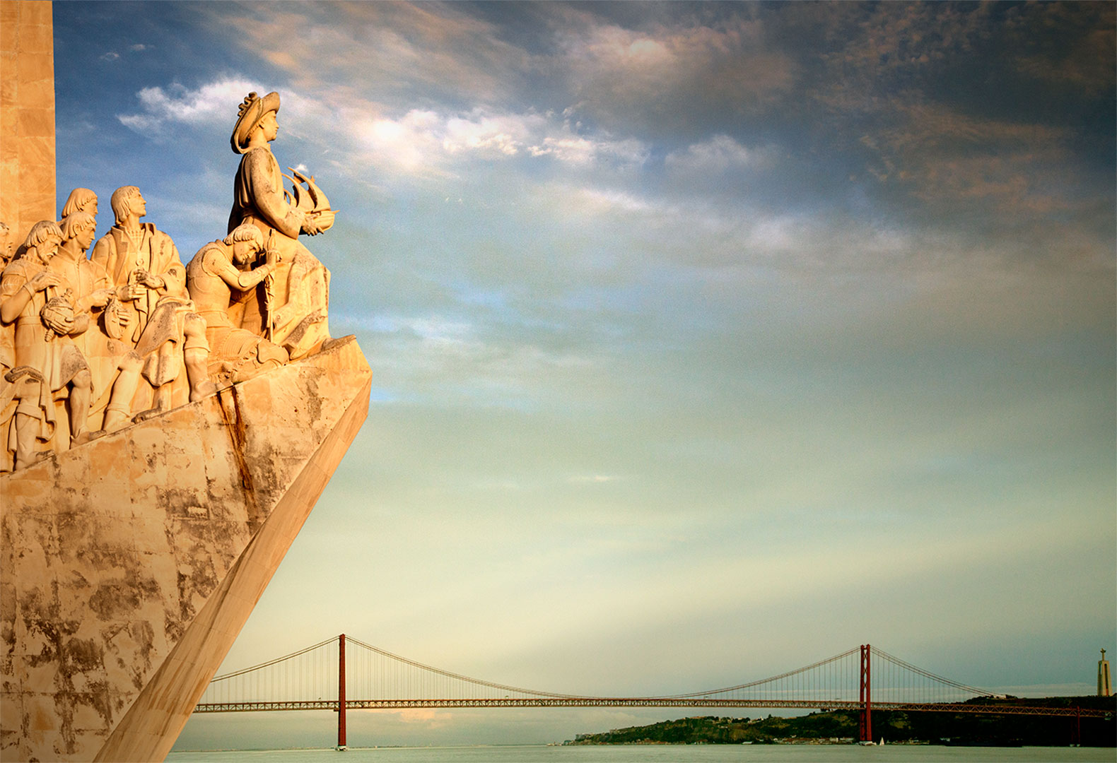 Suspended bridge, lisbon, portugal